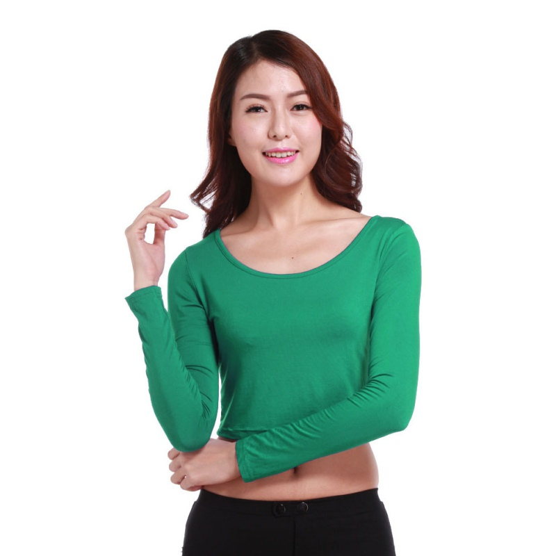 Buy stylish black or white tops for work which are made of silk, chiffon and cotton online. Tops from StyleWe range from vintage to street style.
