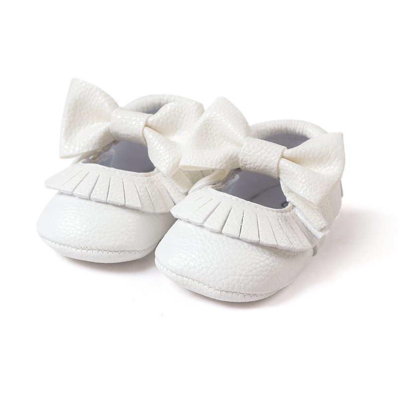 Soft baby shoes (or booties) let your little one build proper foot muscles and feel the ground while crawling or walking about. They also provide necessary protection from hot pavement or cold air. But baby feet grow fast and come in many shapes and sizes, so making your own soft shoes is a great way to get a custom fit at almost no cost.
