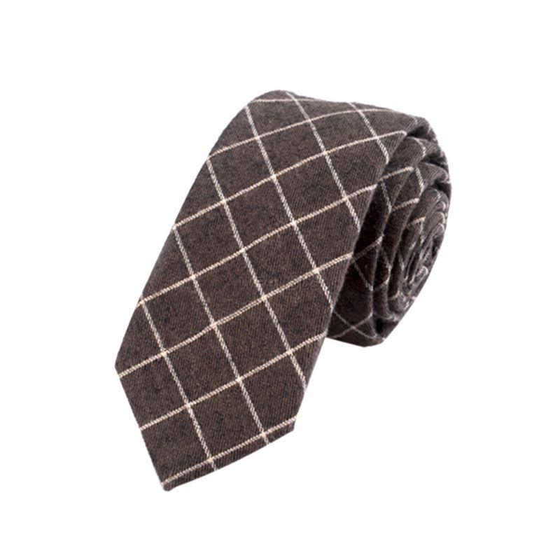 These % cotton percale handkerchiefs offer a soft support during life's more emotional occasions. Carry in your suit pocket, just like granddad did, to cover up your cough or sneeze.