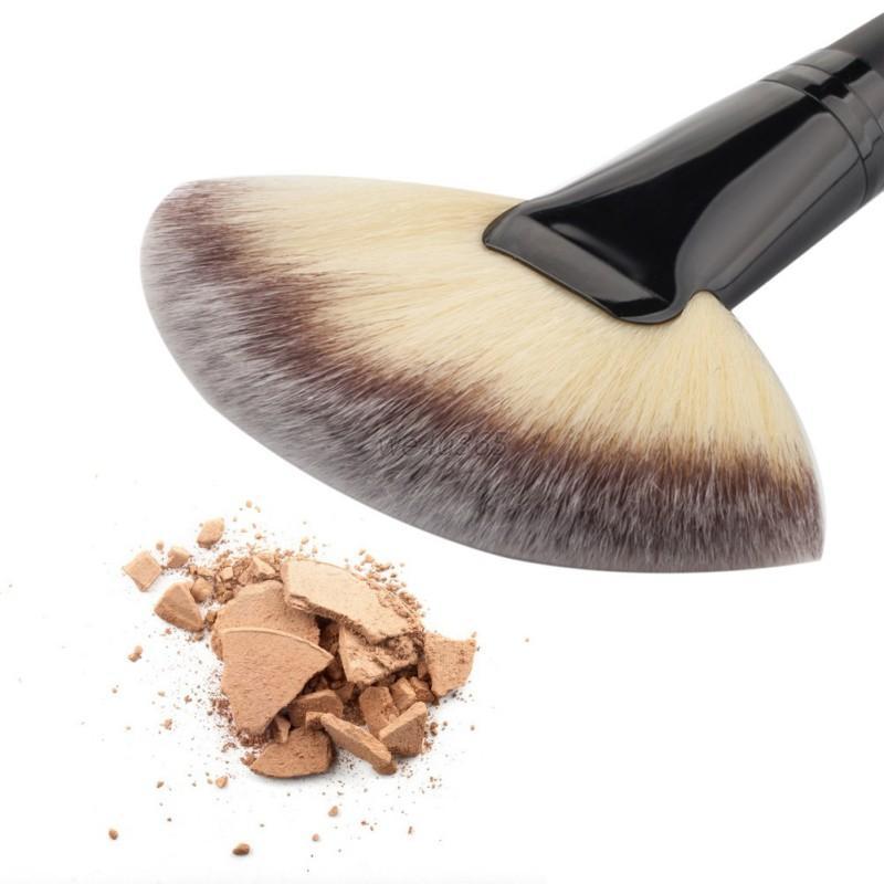 Fan Shape Cosmetic Brush Blending Highlighter Contour Face Powder Makeup Beauty